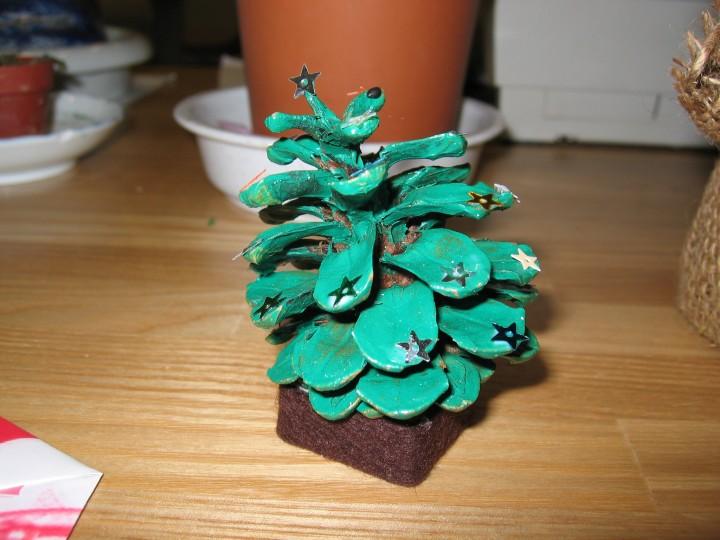 松毬のツリー