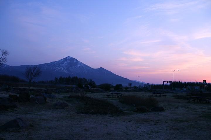 磐梯山と朝焼け