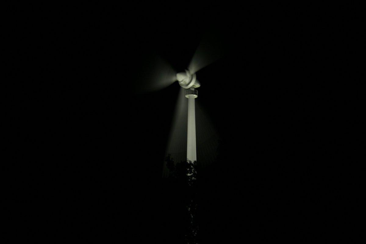 風車のライトアップ