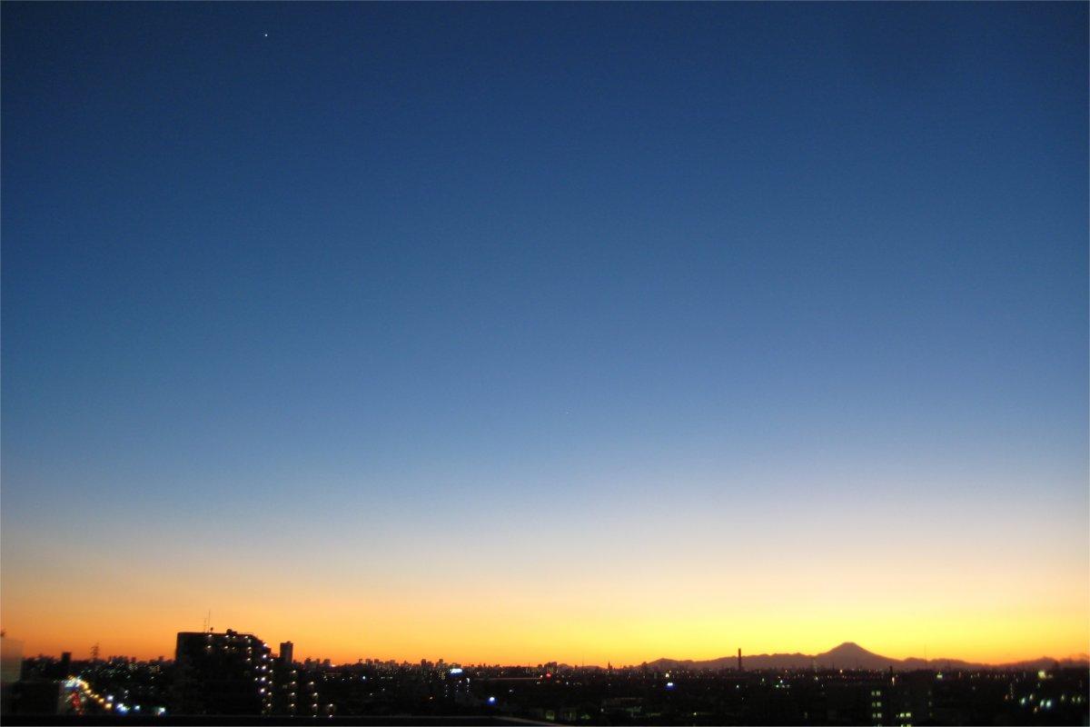 金星・木星と富士山のシルエット